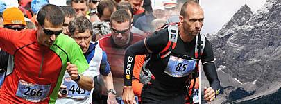 Läufer beim Start zum Zugspitzlauf